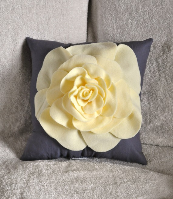 Pale Yellow Decorative Pillows : flower pillow Bleue Piece