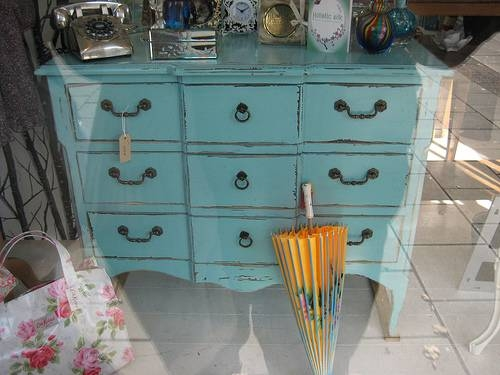 painted furniture | Bleue Pièce