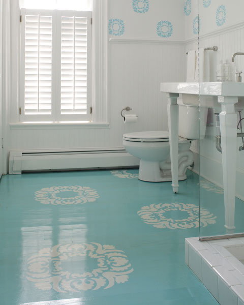 Painted and stenciled concrete floors bleue pi ce for Painting a concrete floor